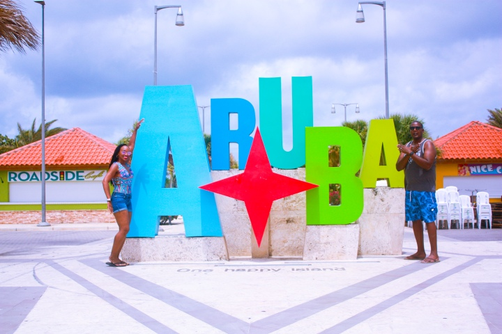 "The Ultimate Guide for Aruba: ""One Happy Island"""